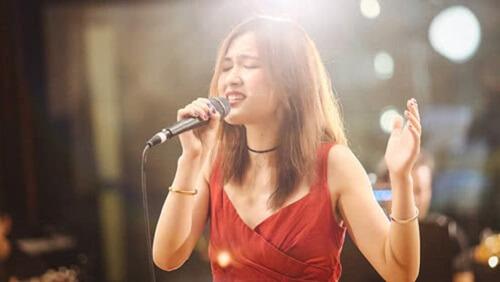 Lin Shi Miao Si 临时缪斯 Temporary Muse Lyrics 歌詞 With Pinyin By Song Dai Ting 宋黛霆