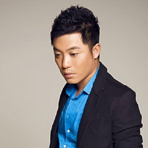 Wo Neng Wei Shui Chang Qing Ge 我能为谁唱情歌 Who Can I Sing A Love Song For Lyrics 歌詞 With Pinyin