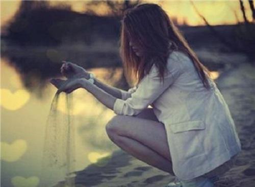 Ni Shi Wo Xiang Wang Wang Bu Diao De Ren 你是我想忘忘不掉的人 You're The One I Can't Forget Lyrics 歌詞 With Pinyin By Ji Huo Huo 姬火火