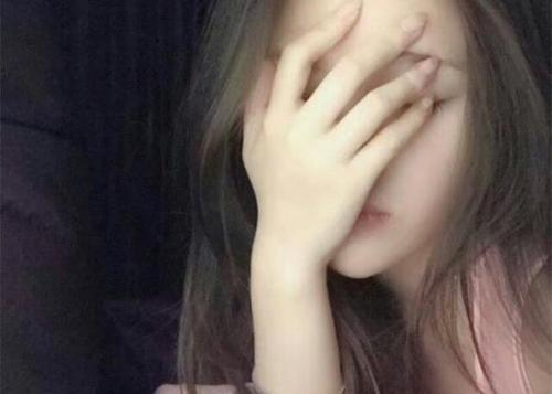 Ni Ai De Bu Shi Wo 你爱的不是我 You Don't Love Me Lyrics 歌詞 With Pinyin By Xiao Man 小曼