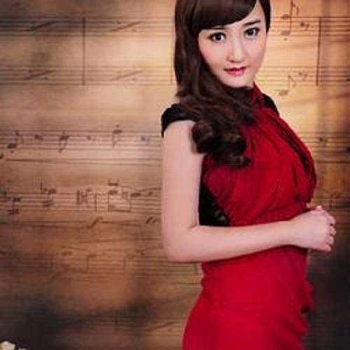 He Huan Shan 合欢扇 Albizzia Fan Lyrics 歌詞 With Pinyin By Yun Feifei 云菲菲 Yun Feifei