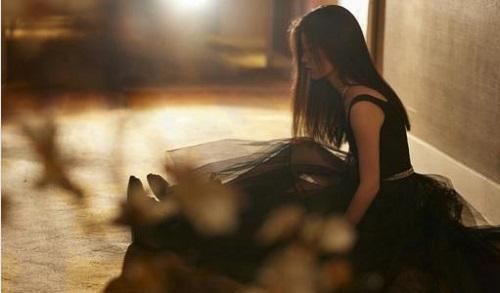 Zai Ye Li Tiao Wu 在夜里跳舞 Dancing At Night Lyrics 歌詞 With Pinyin By Shan Yi Chun 单依纯 Shan Yichun