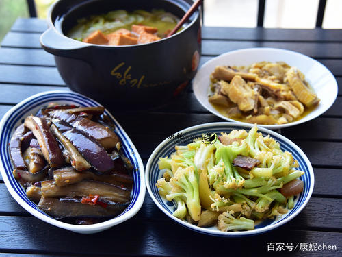 Ma Ma Zuo De Fan Cai Xiang 妈妈做的饭菜香 The Food My Mother Cooked Is Delicious Lyrics 歌詞 With Pinyin By Chen Xing 陈星