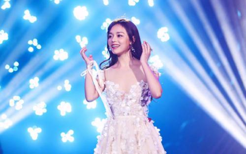 Tian Kong Fen 天空粉 Pink Sky Lyrics 歌詞 With Pinyin By Xie Geng Yun 谢庚沄