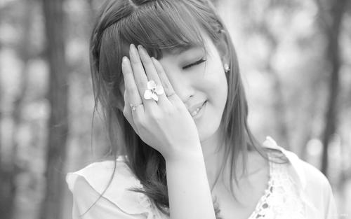 Xin Bei Ai Rou Sui 心被爱揉碎 Heart Crushed By Love Lyrics 歌詞 With Pinyin By Wei Jia Yi 魏佳艺