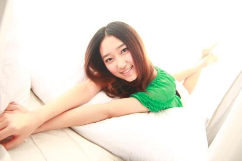 Duo Ren Shuo Meng 惰人说梦 Idle People Talk About Dreams Lyrics 歌詞 With Pinyin By Wu Yi Nan Na 吴易难娜