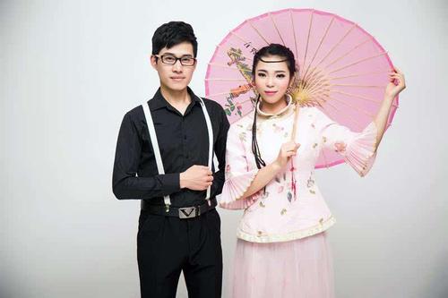 Meng Hui Xiao Qiao Tou 梦回小桥头 Dream Of Small Bridge Lyrics 歌詞 With Pinyin By Xing Yue Zu He 星月组合
