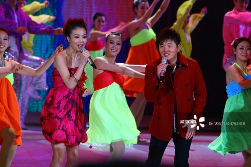 Pei Ni Gong Du 陪你共度 Spend Time With You Lyrics 歌詞 With Pinyin By Sun Nan 孙楠 Sun Nan、Rong Zu Er 容祖儿 Joey Yung