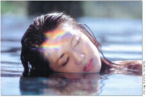 Ai Yu Cuo Wu De Nian Dai 爱于错误的年代 Love In The Wrong Age Lyrics 歌詞 With Pinyin By Li Li Zhen 李丽珍 Rachel Lee