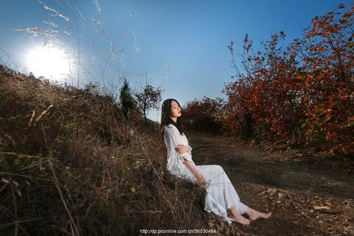 Deng Feng 等风 Wait For Wind Lyrics 歌詞 With Pinyin By Luo Ruo Xi 罗若惜