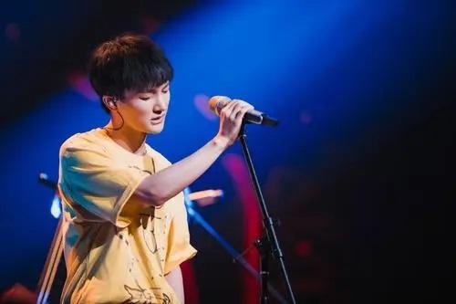 Yao Yi Qi 要一起 Lyrics 歌詞 With Pinyin By Zhou Shen 周深 Zhou Shen
