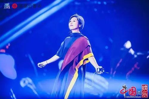 Feng Ya Jian 风雅笺 Elegant Paper Lyrics 歌詞 With Pinyin By Guo Feng Ji 国风集、Yang Qian Hua 杨千嬅 Miriam Yeung