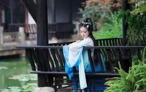 Yi Xin Yi Yi 一心一意 Wholeheartedly Lyrics 歌詞 With Pinyin By Jiang Chen Yu 姜沉鱼