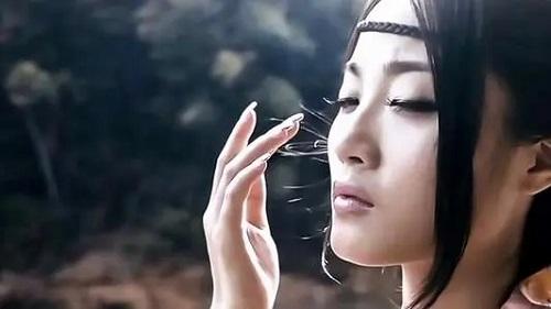 Bu Na 不纳 Not Accept Lyrics 歌詞 With Pinyin By Peng Zheng 彭筝