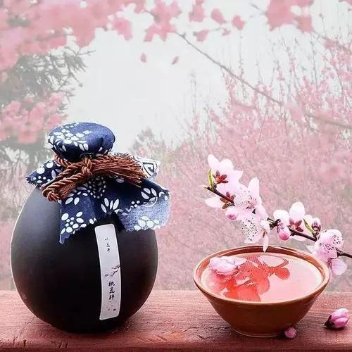 Er Liang Tao Hua Jiu 二两桃花酒 A Little Peach Blossom Wine Lyrics 歌詞 With Pinyin By Han Tong Xue 韩同学 Liu En Yu 刘恩予