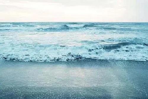 Ni Bu Gai Chu Xian Zai Wo De Hai 你不该出现在我的海 You Shouldn't Appear In My Sea Lyrics 歌詞 With Pinyin By Li Ming Zhe 李铭哲