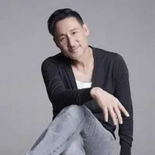 Jian Chi De Yi Yi 坚持的意义 The Significance Of Persistence Lyrics 歌詞 With Pinyin By Zhang Xue You 张学友 Jacky Cheung