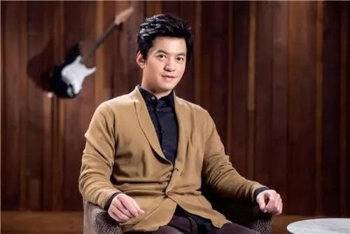 Huan Meng Hua Yuan 幻梦花园 Dream Garden Lyrics 歌詞 With Pinyin By Li Jian 李健 Li Jian