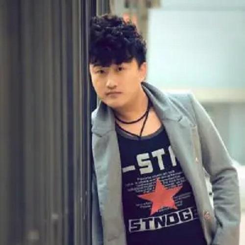 Wo Yi Ran Ai Zhe Ni 我依然爱着你 I Still Love You Lyrics 歌詞 With Pinyin By Ou Yang Jun 欧阳俊