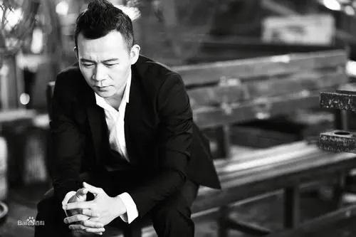 Wu Qing VS Bu Gai Yong Qing 无情VS不该用情 Ruthless Vs. Shouldn't Fall In Love Lyrics 歌詞 With Pinyin By Lang Jun 郎军 Lang Jun