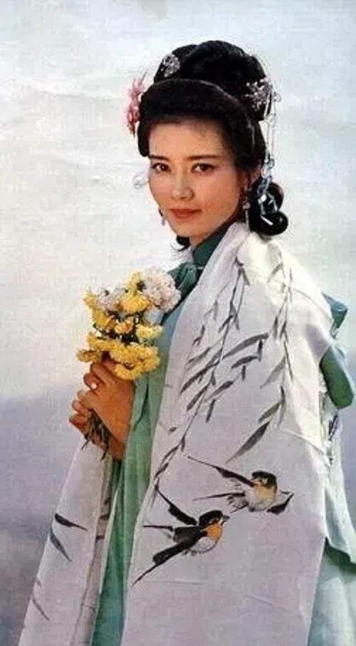Du Shi Niang 杜十娘 Du Shiniang Lyrics 歌詞 With Pinyin By Huang Xiao Ting 黄晓婷