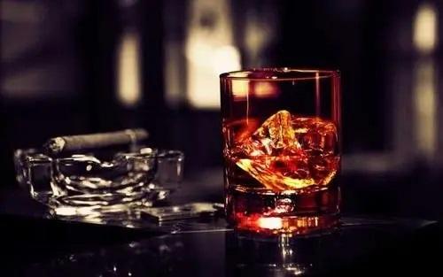 Shen Ye De Yan Ling Chen De Jiu 深夜的烟凌晨的酒 Smoke Late Night,Wine Early Morning Lyrics 歌詞 With Pinyin By Zhao Yang 赵洋
